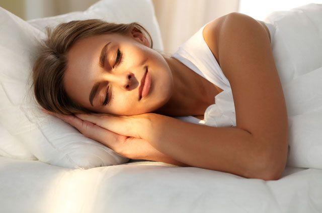 Люди, які вірять в Бога, сплять міцніше, – дослідження