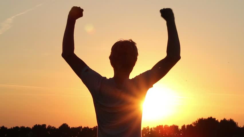 10 віршів з Біблії, які надихають здобувати перемогу з Господом